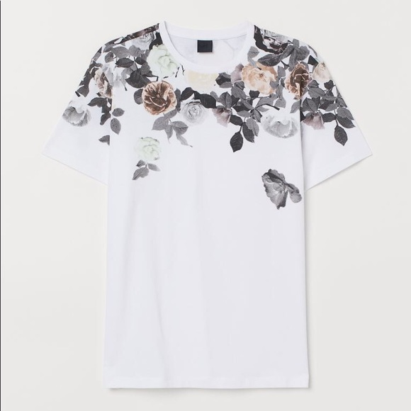 H&M Floral Shoulder Tee